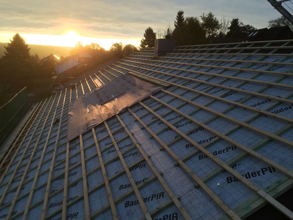 Dachdecker Neufeld - Dachdeckerei für Eifel und Umgebung